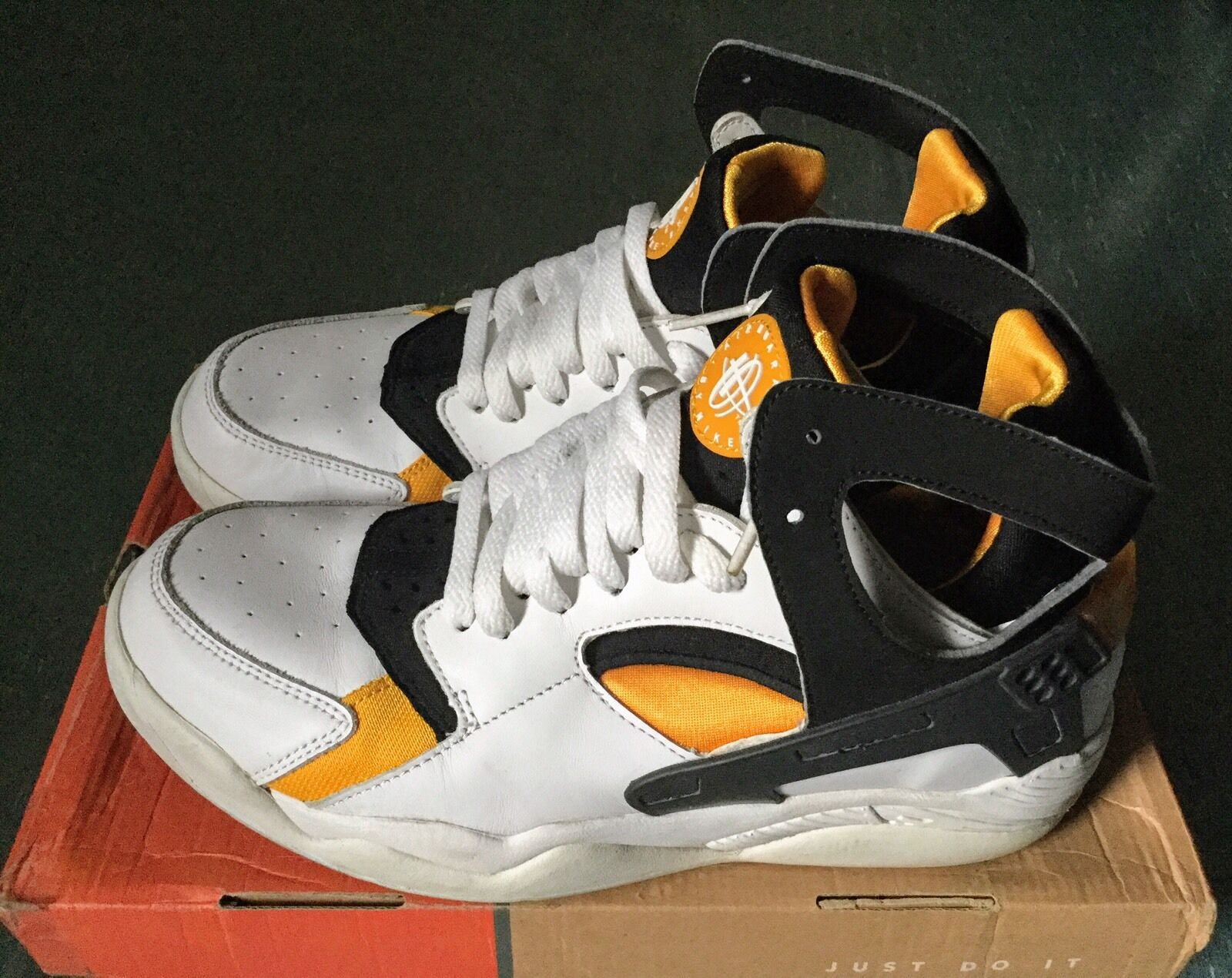 the best attitude 5dd85 6783e ... discount code for nm nike air flight blanc huarache 305439 102 blanc  flight noir pro gold
