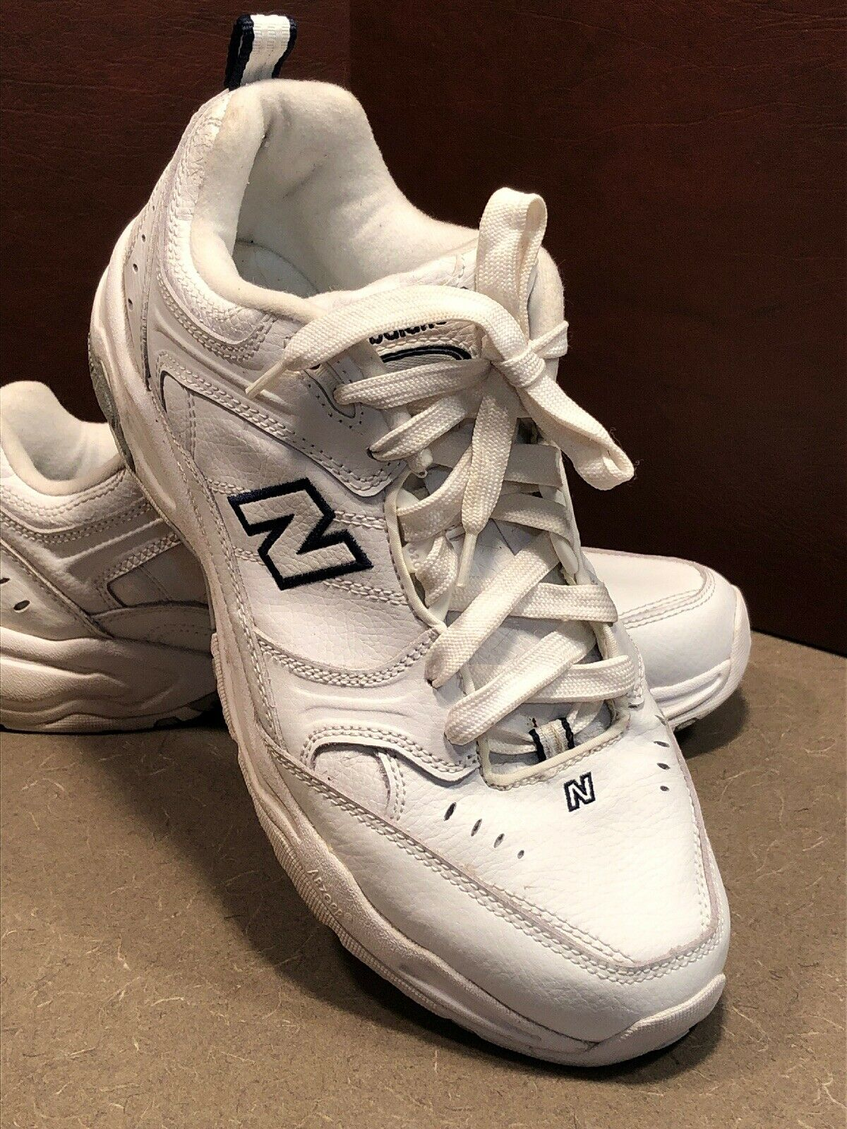 New Balance Wide  WX620WT 620 Cross Trainers Sz 11 D Leather white   navy