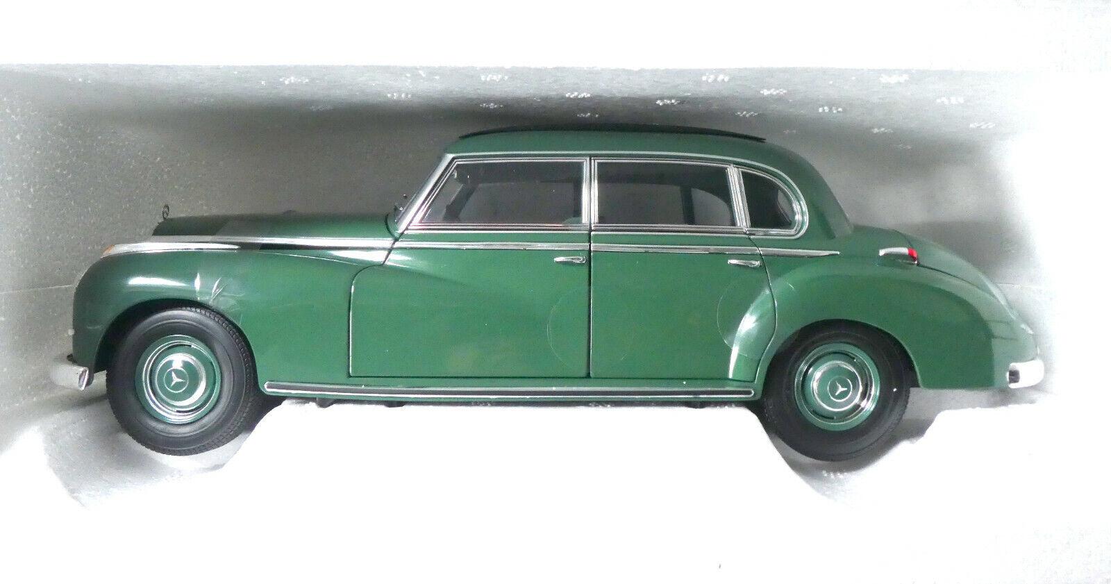 MERCEDES-BENZ 300 VERDE -1955 - 1:18 Norev NUOVO ovp#3509