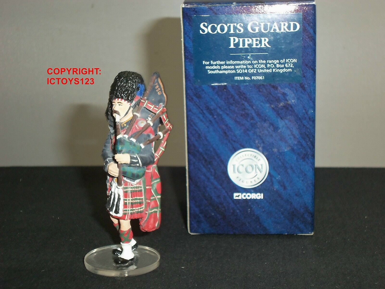 CORGI F07061 ICON SCOTS GUARDS BAND PIPER METAL TOY SOLDIER FIGURE