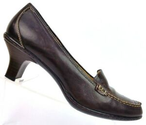 11b29e73fd9 Sofft Brown Leather Croc Print Heeled Loafer Pumps Comfort Women s ...