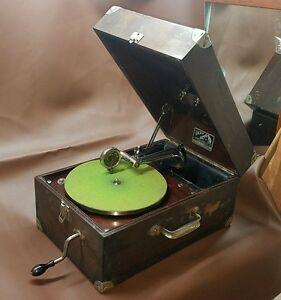 Antique Victor Victrola VV-50 Portable 78 Disc Phonograph