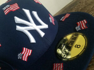 6833a3d310d22 New York Yankees USA Flags 4th July New Era 59FIFTY Fitted Cap sz 8 ...