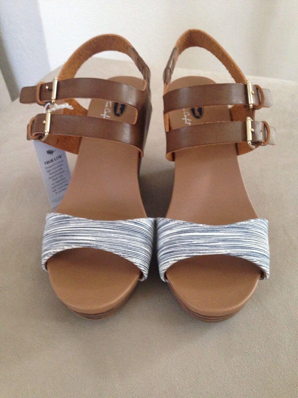 Women's Nurture Shoes Size 8M Blue Leather Ankle Strap S02F4