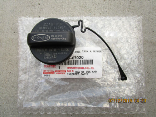 13-14 LEXUS GS350 GS450H BASE F-SPORT FUEL GAS TANK CAP WITH TETHER OEM NEW