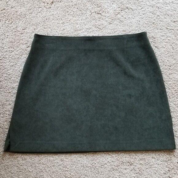 Zara Basic Mini A-Line Olive Grün Skirt Größe 8