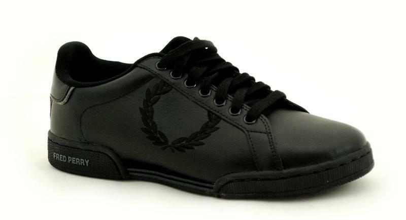 Fred Perry Black Laurel Embroided Steel B928