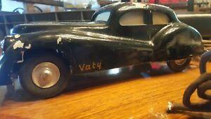 VATY-voiture-filoguidee-en-fonte-d-039-aluminium-annee-50