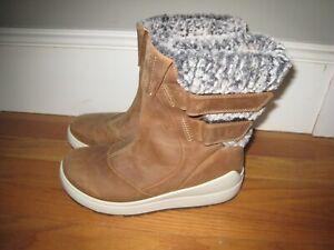 29ac89c246b5 Image is loading Ecco-Noyce-Lite-Snow-Boot-Women-039-s-