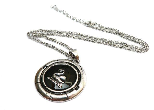 Once Upon A Time collier pendentif cygne porté par Emma swan necklace