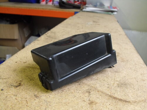 MK1 1989-97 MAZDA MX5 EUNOS RELAY BOX COVER FROM INNER WING  LHS FUSE