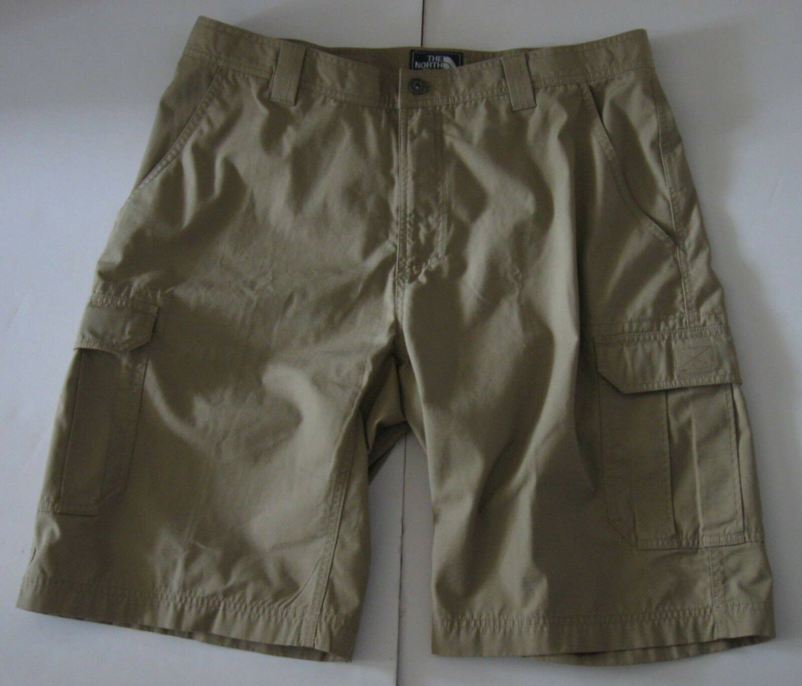 36 Men The North Face Tribe Flat Front Cargo Hiking Shorts Kelp Tan Beige NWT