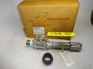 HONEYWELL-304909-X10-33-333-X1-02-000-00-1368527-CONDUCTIVITY-CELL