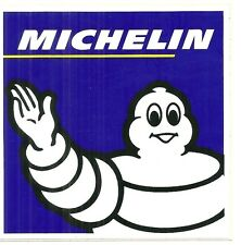 AUTOCOLLANT - MICHELIN : BIBENDUM / CARRE 10,5 cm x 10,5 cm / STICKERS