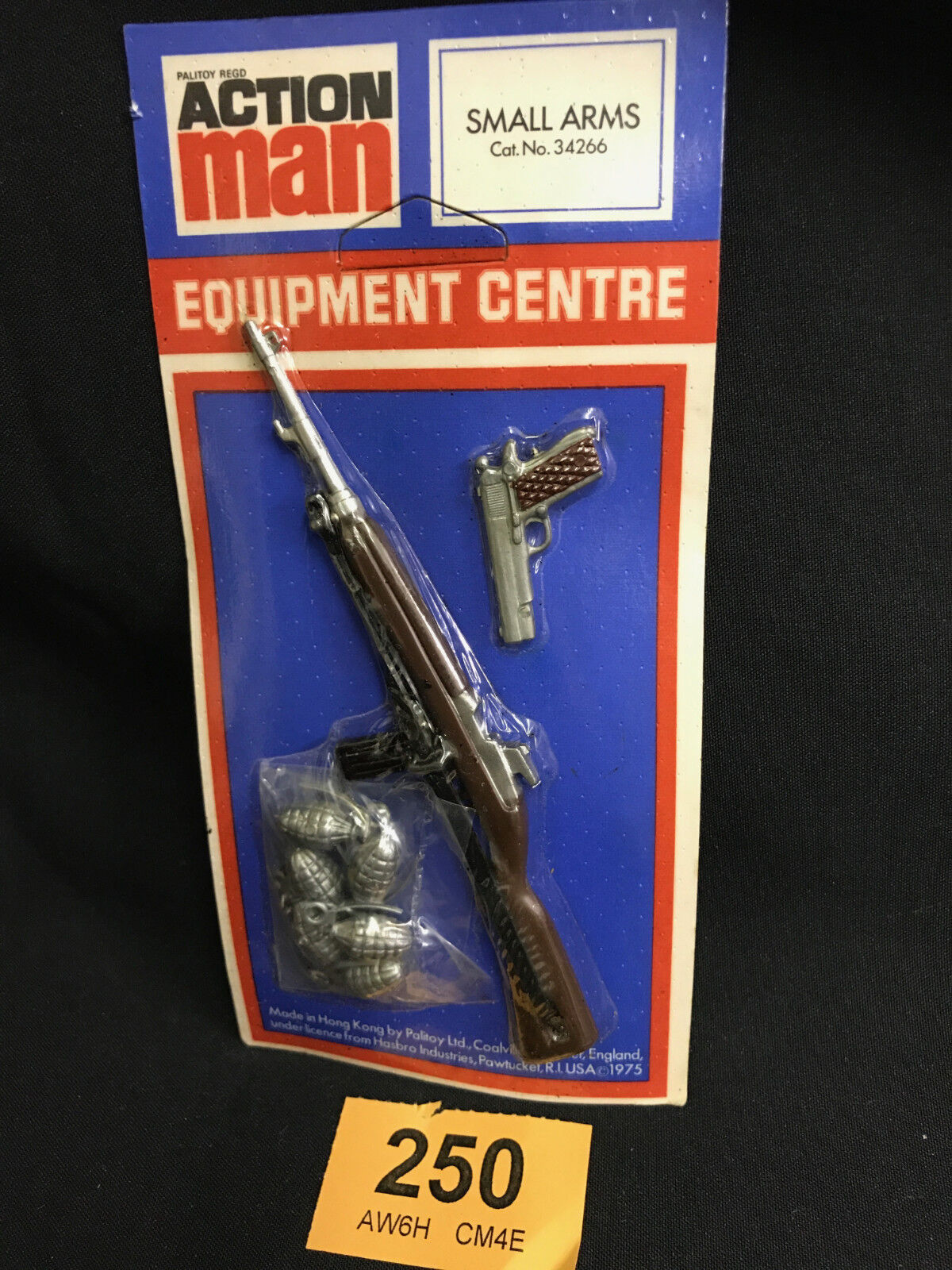 VINTAGE ACTION MAN -  ORIGINAL EQUIPMENT CENTRE SMALL ARMS CARD