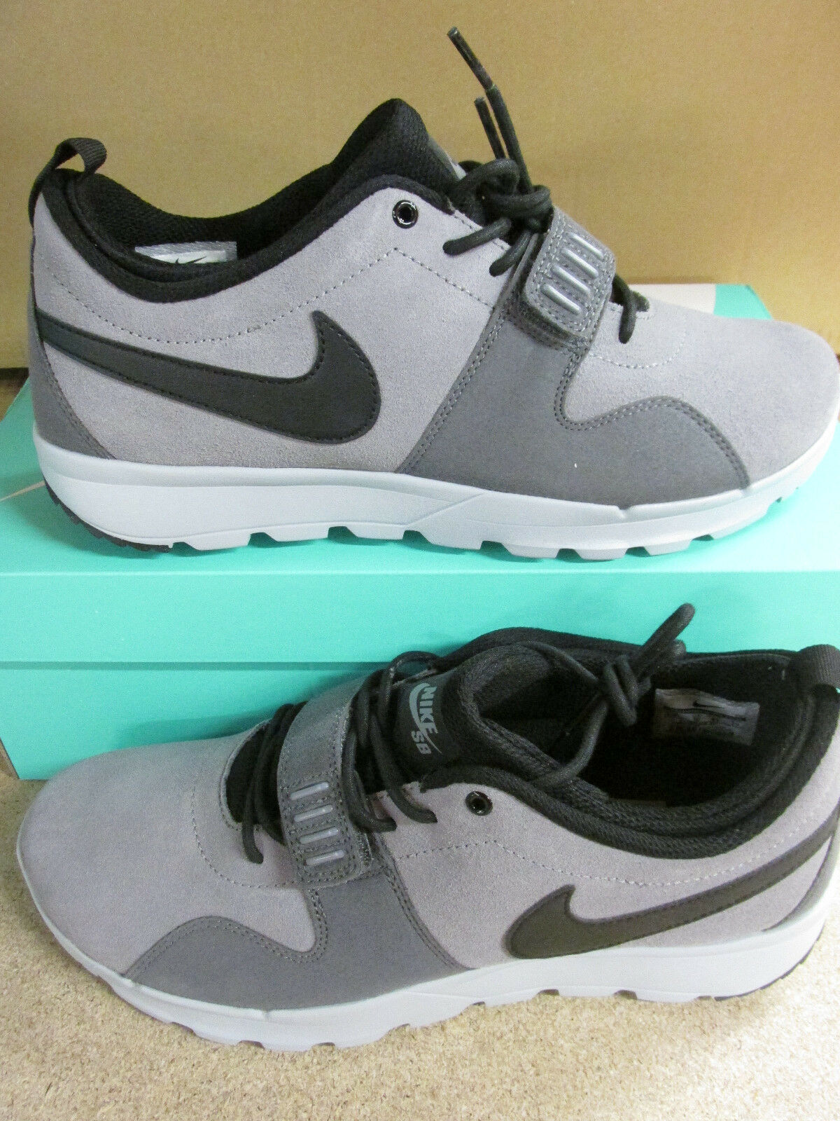 nike SB trainerendor mens trainers 806309 001 sneakers shoes