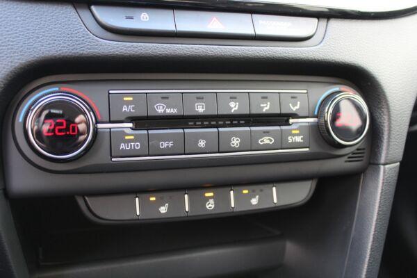 Kia Ceed 1,0 T-GDi mHEV Comfort Upgrade SW DCT billede 13