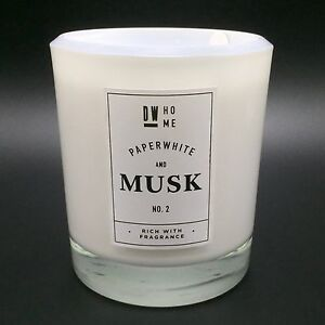 dw home paperwhite and musk scented candle in glass jar approx 64 hour burn time ebay. Black Bedroom Furniture Sets. Home Design Ideas