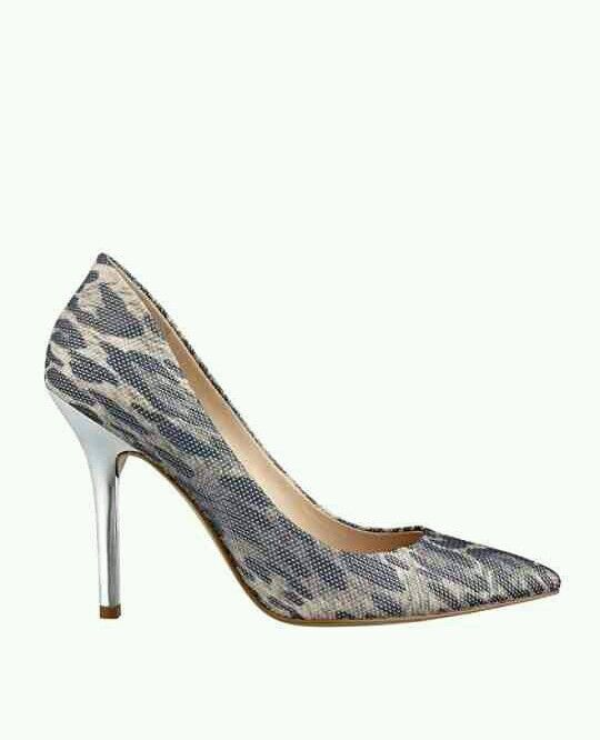 GUESS PLASMAS PRINTED POINTED TOE PUMPS argent FABRIC Taille 7.5