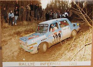 126 . 1 X Photo . Rallye Infernal . Simca 1000 . 1981 . Format : 18 X 24 Cm .