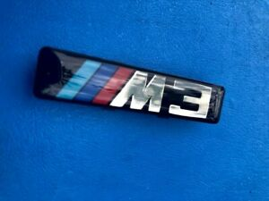 2 X Logos BMW M3 M Grids Side Wings E46 Badge Original 72127900605 OEM