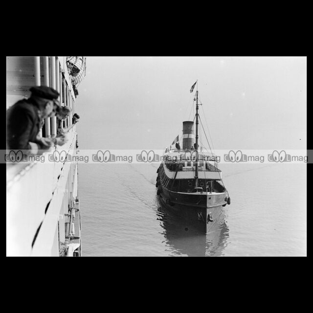 #php.01944 Photo TRANSBORDEUR SS HOLLAND & PAQUEBOT COLOMBIA 1934 BOULOGNE S/MER