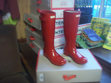 GLOSS HUNTER  WELLINGTONS IN HALIFAX SIZE 8 MILITARY RED TALL ORIGINAL ..WOMENS