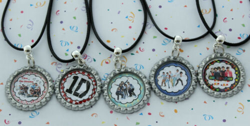 """POPULAR/""""OnE DiReCtIoN/""""KEYRINGS//BLACK//SILVER CORD /& WAVE  NECKLACES PARTY FAVOURS"""
