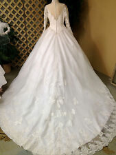 PRINCESS GRACE WHITE LONG SLEEVE WEDDING GOWN RENNAISANCE FAIRE COSTUME SIZE M-l