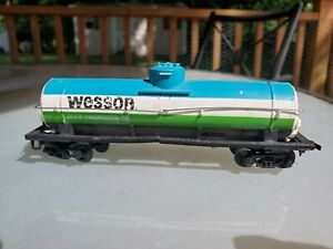 Tyco-Wesson-Oil-Single-Dome-Tank-Car-GATX9876-HO-Scale