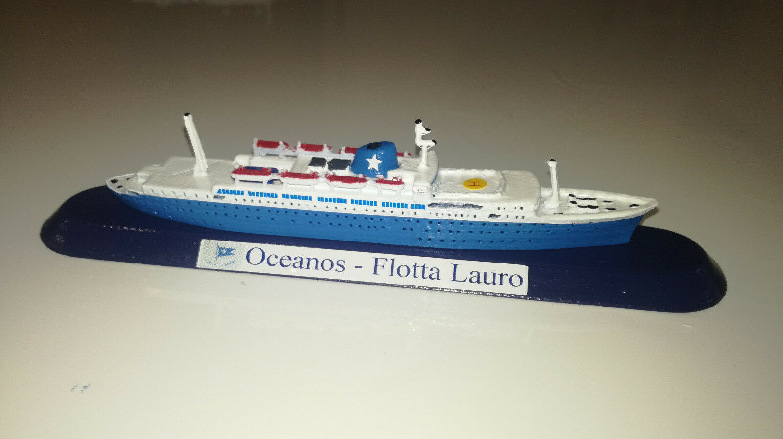 FLOTTA LAURRO modellllerlo m   v Oceanos scala 1 1250 Epirödiki Line Grecia