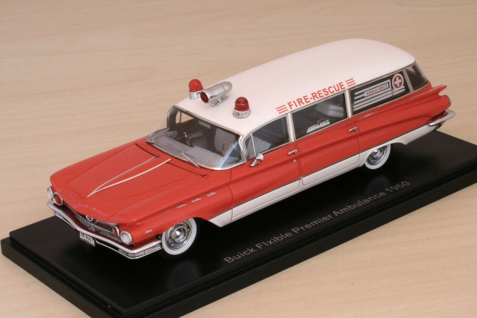 BUICK Flxible Premier Ambulance 1960  NEO 44687  143