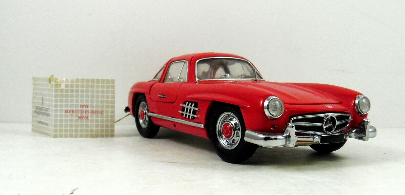 Franklin Mint 1954 Mercedes Benz 300SL Gullwing rot 1 24 Scale