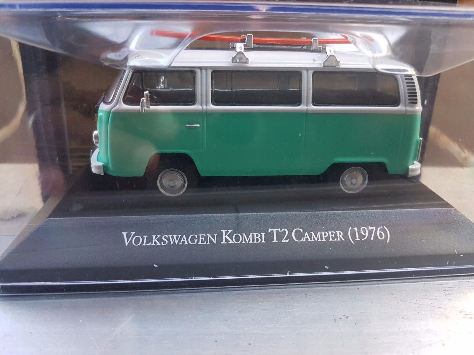 Amazing Cars From Brazil - Volkswagen Kombi T2 Camper Surf