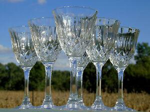 Service-de-6-verres-a-vin-blanc-en-cristal-d-039-Arques-modele-Capri