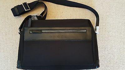 Appena Laptop Cross/borsa A Tracolla-r Bag It-it Mostra Il Titolo Originale Pulizia Della Cavità Orale.