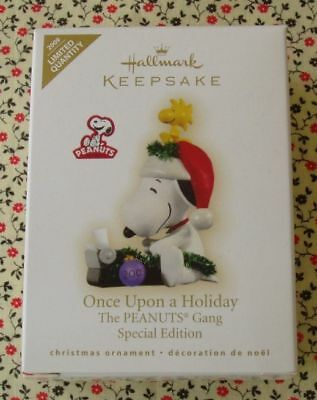 Hallmark 2009 Snoopy Novelist Writer Special Limited Edition Christmas Ornament