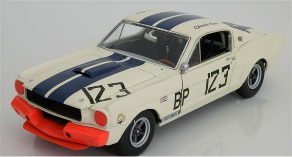 FORD Shelby Mustang GT350 R #123 SIG 1:18 A1801813