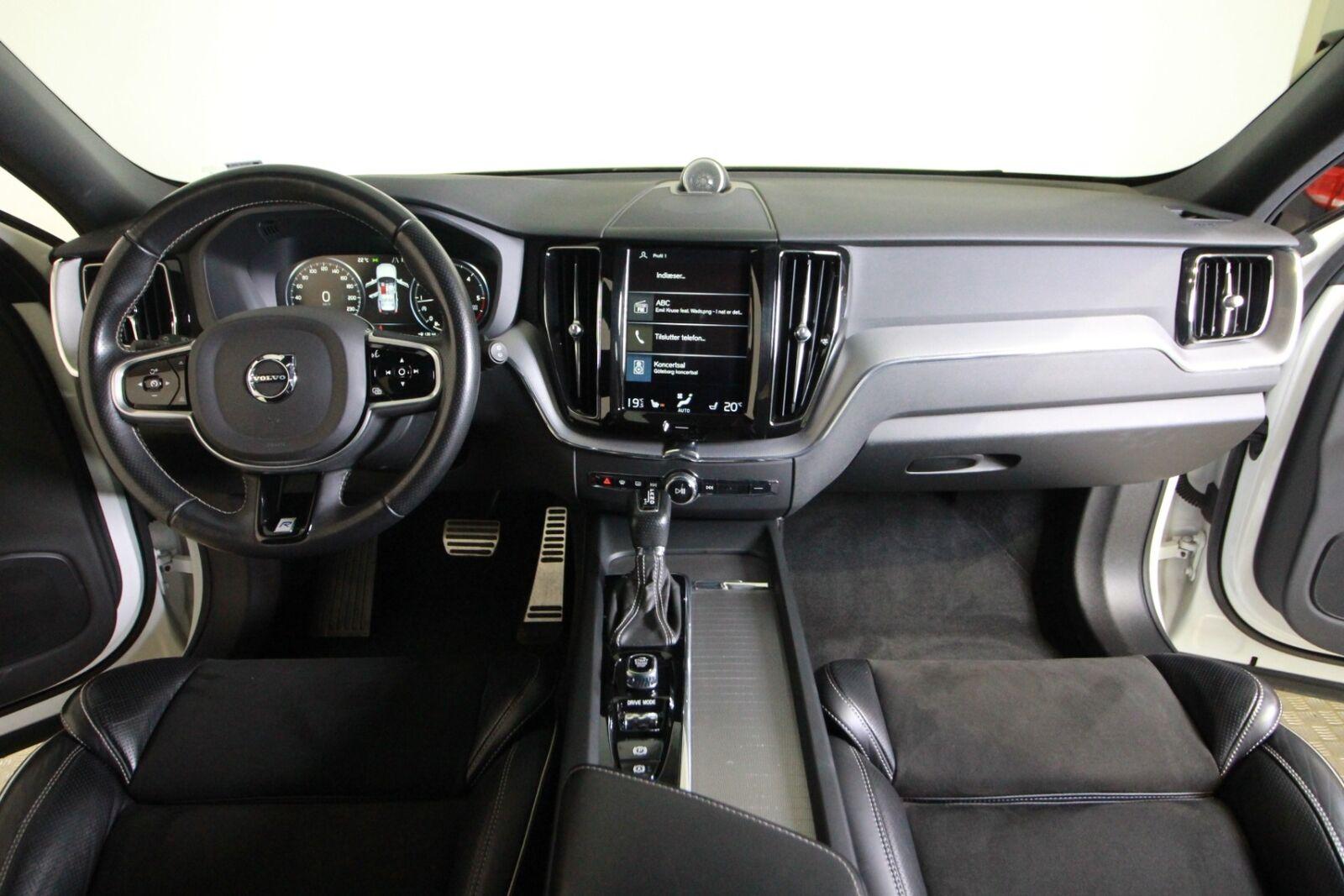 Volvo XC60 D5 235 R-Design aut. AWD Van