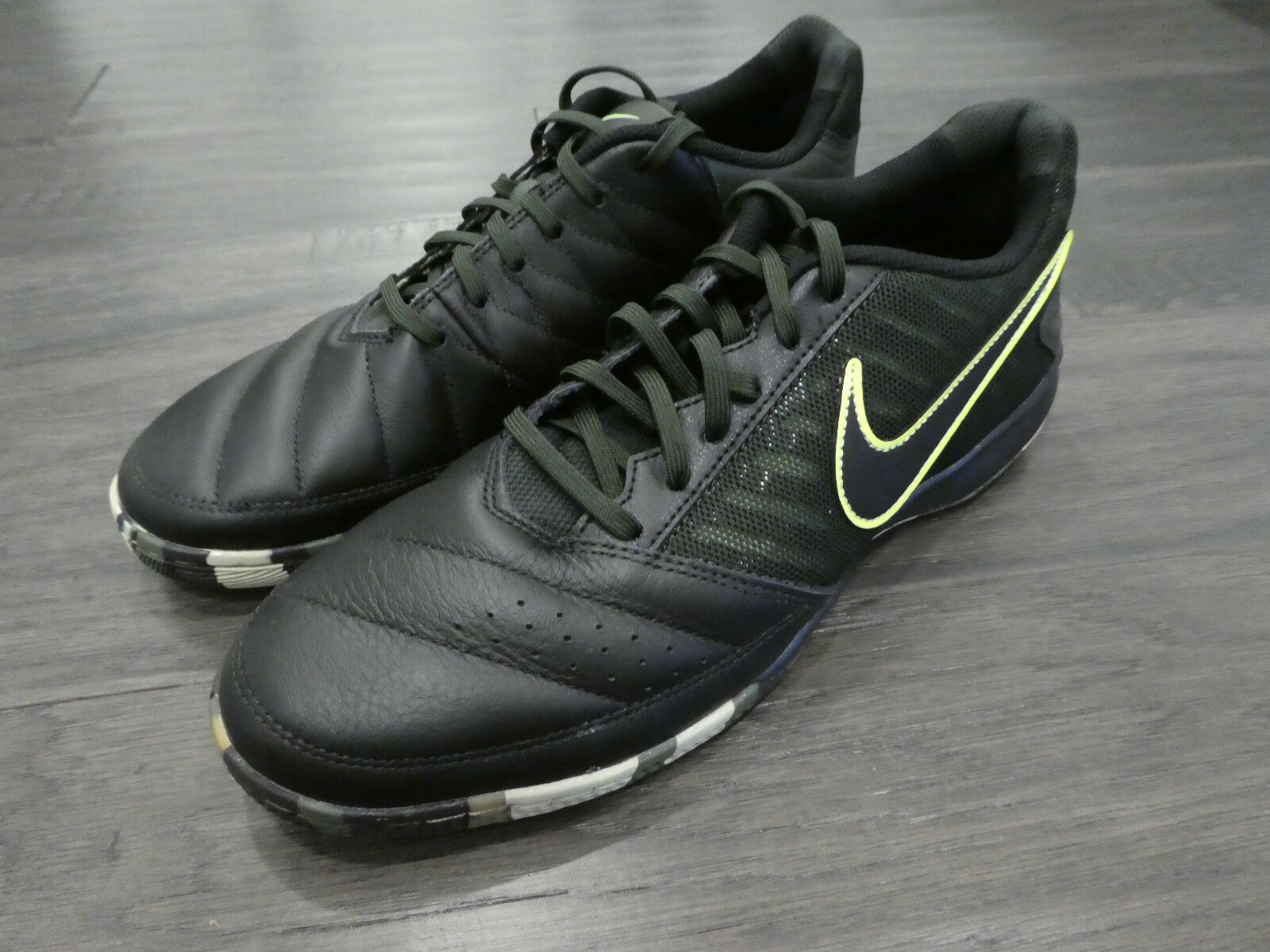 Nike Gato II indoor soccer shoes sneakers new 580453 007 camo rare