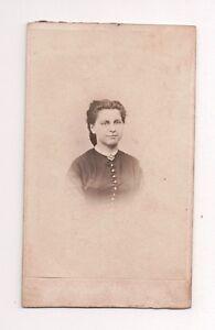 Vintage-CDV-Unknown-German-Lady-Photo-by-Jos-Tiator-Landau-Bavaria