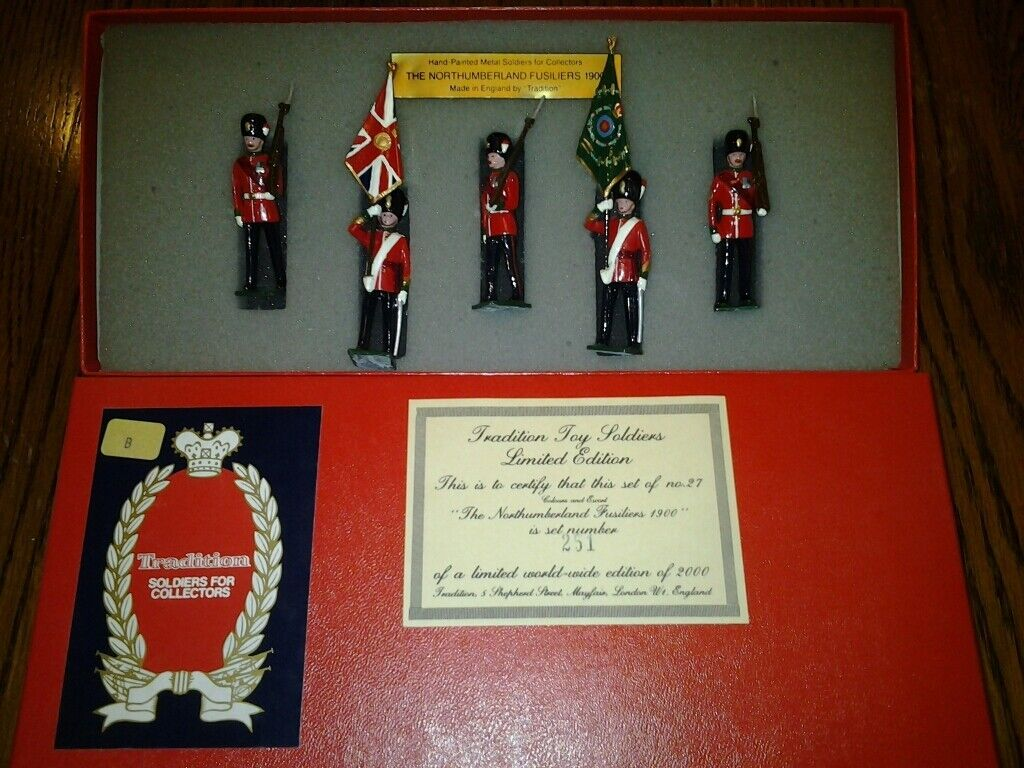 TRADITION TOY SOLDIERS THE NORTHUMBERLAND FUSILIES 1900 MIB LE2000 WITH CARD