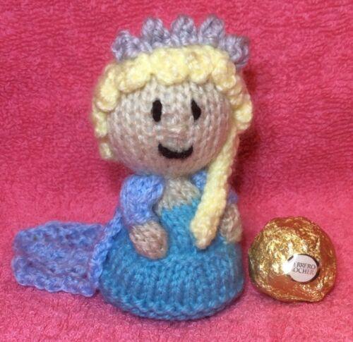 Elsa inspired chocolate Frozen cover fits ferrero rocher KNITTING PATTERN