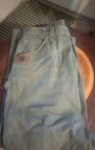 nwt wrangler riggs workwear men s size 40x30 carpenter relaxed fit