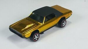 Restored-Hot-Wheels-Redline-1968-Custom-T-Bird-Gold