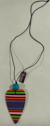 Collar de un botón-Poly Resina Bisutería código N1034ML PVP £ 30