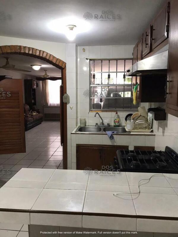 (MKCV2102) CASA EN VENTA, CALLE POZA RICA, COL. GUADALUPE  INFO:   833  :  311  :  9210