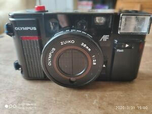 Olympus-Zuiko-38mm-AFL-Quick-Flash-Camera-Made-in-Japan-untested