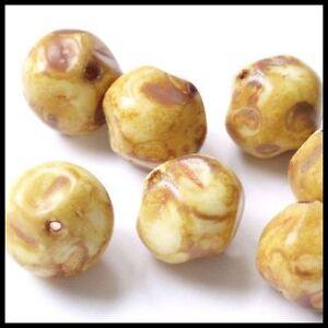 8-Glasperlen-Nuggets-13mm-Beige-Braun-Perlen-Beads-D249