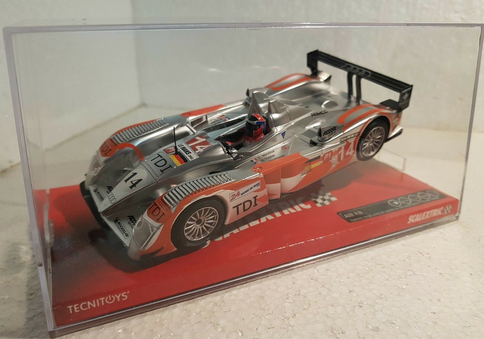 Qq A10027S300 SCALEXTRIC AUDI R10 KOLLES 24h THE MANS '10